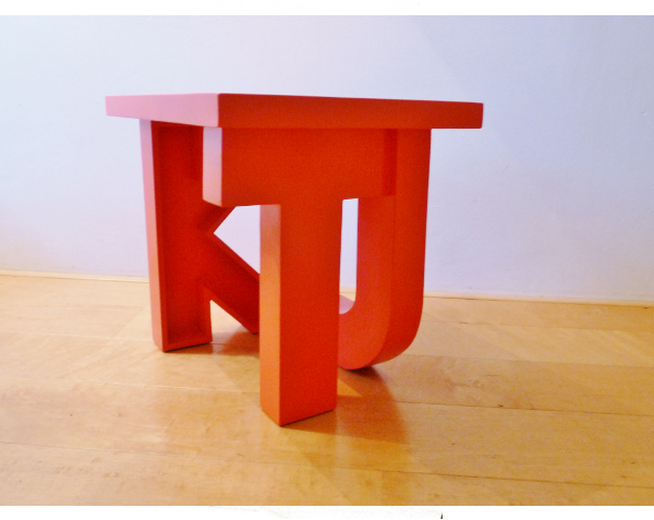 a Dutch kut stool